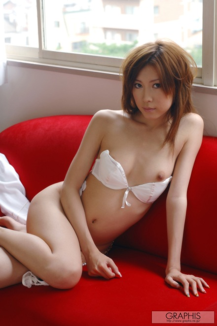 _Graphis_Gals__124_Chinatsu_Izawa-Presentiment